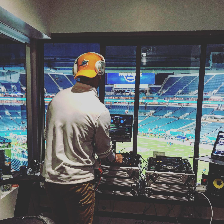 Miami Dolphins DJ